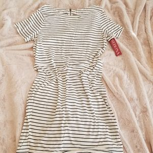 Stripped, Short Sleeve Dress!